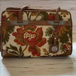 Vintage Embroidered Bueno Purse